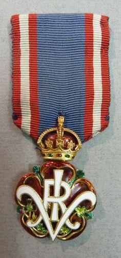 1890 Royal Victorian Order (GB) Prototype badge, Garrards.