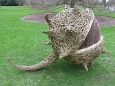 Huge willow sculptures by artist Tom Hare