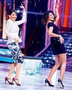 Pritanka Chopra sharing the stage with Madhuri Dixit!