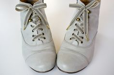 Tutorial: How to make your own luxury metal-tipped shoelaces from lengths of ribbon - from Serious Craft (by hyperart)