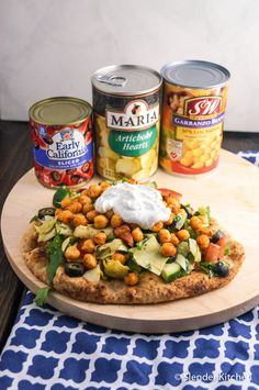 Mediterranean Chickpea flatbread with herbed yogurt. A healthy and delicious meal idea, perfect for summer!