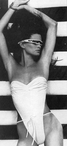 80s fashion: daring one-piece swimming suits & sunglasses (model Juli Foster)