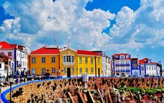 Se vai visitar a capital, não fique apenas pela cidade. Descubra também estes 10 pequenos paraísos para visitar perto de Lisboa.
