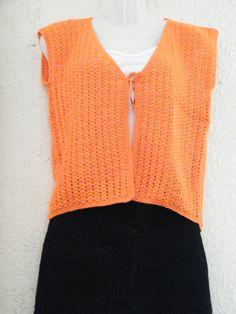 polera naranja tejido por Marcia Vasquez