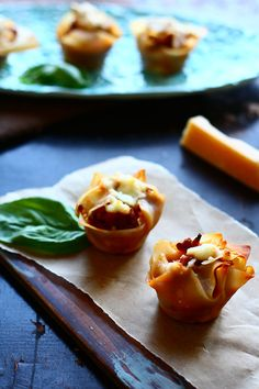 These wonton lasagna cups are the perfect bite-size appetizers