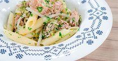 Πένες με τόνο Lunch To Go, Spaghetti, Meat, Chicken, Ethnic Recipes, Food, Youtube, Meals, Youtubers