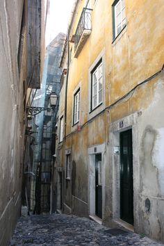 Beco da Lage, Graça, Lisboa, 2012