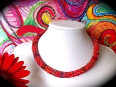 Colliers - rotes Collier aus Rocailles - ein Designerstück von Kreativ-Werkstatt-Heidi-H bei DaWanda