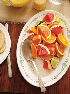 Citrus and Vanilla Salad Recipes Orange Recipes, Fruit Recipes, Salad Recipes, Menu Brunch, Spa Food, Orange Sanguine, Ricardo Recipe, Healthy Fruits, Healthy Desserts