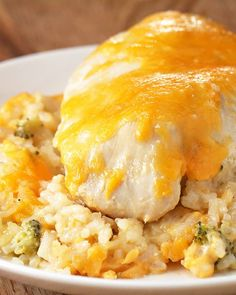 Cheesy Chicken and Rice Casserole You Should Make This Easy Chicken And Rice Casserole For Dinner