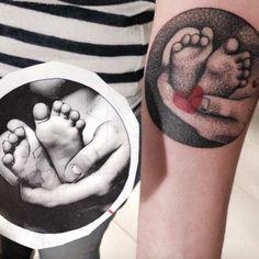 dotwork-newborn-tattoo.jpg (635×636)