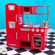 The Kidkraft Red Vintage Kitchen is retro style wooden toy kitchen that comes with a phone and microwave. Shop our large range of wooden kitchens online. Kids Play Kitchen Set, Childrens Play Kitchen, Pretend Play Kitchen, Wooden Toy Kitchen, Red Kitchen, Vintage Kitchen, Wooden Toys, Play Kitchens, Cocina Kidkraft