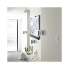 Conceived like a spotlight of the audio world, this range will enhance your Home Cinema installation. Home Cinemas, Home Theater, Bathroom Hooks, Mirror, Furniture, Home Decor, Home Theaters, Decoration Home, Room Decor