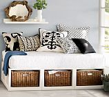 Daybed inspiration from Pottery Barn; we're going to build this ourselves.