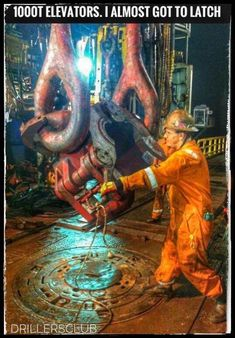 Looking for oilfield jobs? We're your one stop spot for oilfield jobs, oilfield news, oilfield learning and more. Oilfield Trash, Oilfield Life, Oilfield Humor, Oil Field Jobs, Oil Rig Jobs, Bp Oil, Petroleum Engineering, Oil Platform, Oil Refinery
