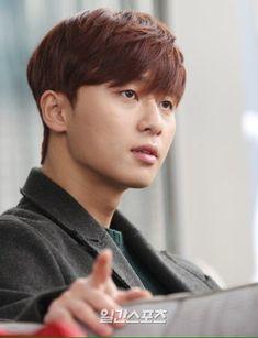 Park Seo Joon Abs, Park Seo Jun, Stock Pictures, Stock Photos, Martial Artist, Korean Actors, Royalty Free Photos, Kdrama, Singer