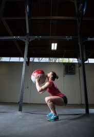 Wall ball, bottom position. Julie Foucher. #CrossFit