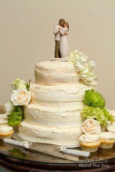 Wedding in Kamloops, British Columbia British Columbia, Wedding Cakes, Amber, Wedding Photography, Desserts, Food, Wedding Gown Cakes, Tailgate Desserts, Deserts