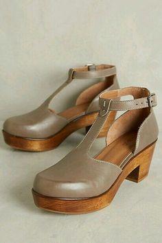 Kelsi Dagger Casablanca Clogs Grey Wedges, By Kelsi Dagger. Fits true to size. Clogs Shoes, Shoe Boots, Shoes Heels, Moda Fashion, Fashion Shoes, Womens Fashion, Mode Shoes, Kelsi Dagger, Mode Inspiration