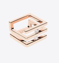 En équilibre entre deux rangs d'or ou évoluant en liberté derrière le verre saphir d'une bague, les diamants ne se prennent plus au sérieux pour devenir une matière à sensation qu'on se plaît à faire danser au quotidien.