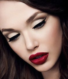 Aveda Make-up is my favorite! This look is so pretty! Extremely sexy!