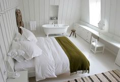 Ilse Crawford's design for the rooms at High Road House in London draw heavily on Shaker staples such as pegboards, quilt racks, and clean-lined furniture. Bedroom With Bath, Home Bedroom, Summer Bedroom, Basement Bedrooms, Small Space Living, Small Spaces, Modern Flooring, Parquet Flooring, Small Space Organization