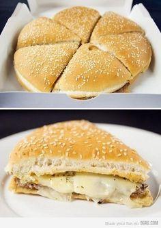 pizburger. looks sooooo gooood