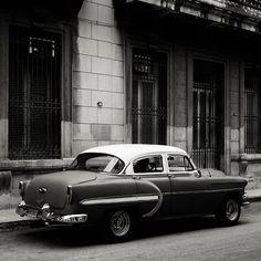 Josef HOFLEHNER :: Study 18 - Havana, Cuba, 2012