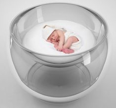 Bubble Baby Bed designed by Lana Agiyan.