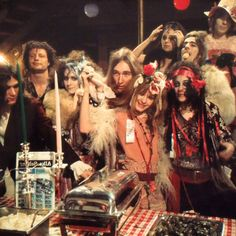theniamleia: The GTO's with the Alice Cooper Band and Wildman Fischer. Photo by Ed Caraeff. Pamela Des Barres, Girls Together, Alice Cooper, Janis Joplin, Love Clothing, Hippie Gypsy, Glam Rock, Gto, 70s Fashion
