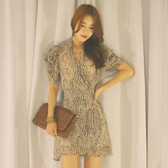 韓国女性ファッションスタイルファッション格安オンラインリュクスアジアのファッションのドレス靴バッグスカートパンツシャツビキニブラウスニットモダンユニークなスタイルのオンラインショップ