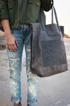 Made For Manhattan Tote Bag in Dark Grey