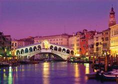Venecia, un sueño lleno de color. de fiesta. De misterio.