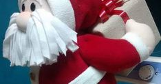 4th Of July Wreath, Chalk Paint, Birthdays, Wreaths, Holiday Decor, Christmas, Ideas, Felt Wreath, Handmade Christmas Crafts