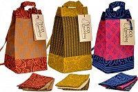 Eco Lunch Bag with 3 napkins, Assorted Colors   $35.00    http://greenandorganichome.com/item_916/Eco-Lunch-Bag-with-3-napkins-Assorted-Colors-12-x-6-x-6..htm