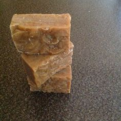 Oatmeal N Honey Handmade Soap OATMEAL N HONEY SOAP... Whats it good for?  OATMEAL: contains both anti-inflammatory and antioxidant properties and as good for all skin including sensitive skin it may help to treat a variety of skin disorders sunburns, eczema and poison ivy. Dry itchy skin often has a high pH level, Oatmeal can help normalize your skins pH, which can relieve itchy, uncomfortable skin. Oatmeal also soften and moisturize your skin, which helps lock in moisture and protects skin.