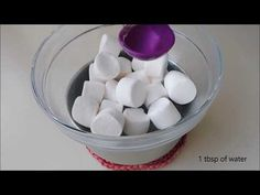 Marshmallow fondant without microwave Shoe Cupcakes, Cupcake Cookies, Homemade Fondant, Fondant Recipes, Easy Minecraft Cake, How To Make Marshmallows, Party Desserts, Dessert Party, Basic Cake
