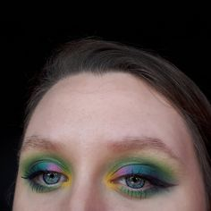 This is a fun eyeshadow look, bright and colourful perfect for summer. For this makeup look, I asked my family to each pick a colour and ... Green Eyeshadow Look, Best Eyeshadow, Eyeshadow Looks, Makeup Inspiration, Makeup Ideas, Light Contouring, How To Do Makeup, Lower Lashes