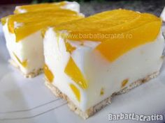 Prajitura cu iaurt si fructe reteta No Cook Desserts, Easy Desserts, Cookie Recipes, Dessert Recipes, Good Food, Yummy Food, Romanian Food, Sweet Tarts, Food Design