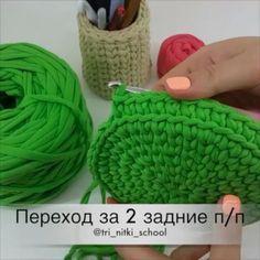 Uma aulinha para as meninas que estão no incio, como subir para fazer o cesto Via @tri_nitki_school . . #videoaula #trapillo #crochet #fiosdemalha