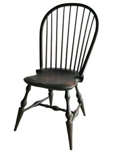 Amish Windsor Dining Chair A top seller among Amish made dining chairs. All the charm and comfort of Windsor style captured in this handcrafted beauty. #Windsorstyle #chairs