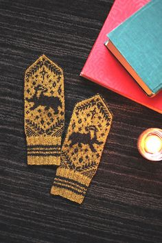 A badger walks across the back of the hand of these colorful Norwegian-style mittens. Knit Mittens, Mitten Gloves, Knitted Hats, Fair Isle Knitting, Hand Knitting, Knitting Patterns, Cute Crafts, Yarn Crafts, Knitting Projects