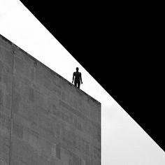 Antony Gormley Event Horizons South Bank - by Dean Ayres Antony Gormley, Film Photography, Amazing Photography, Photography Magazine, White Photography, Black White Photos, Black And White, Hayward Gallery, Modern Art Sculpture