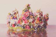 Flower Crown - Wire Crown - Fairy Crown - Flowergirl hairpiece - Summer Wedding - Newborn Photo Prop - Wedding Crown - Floral Hairpiece by LittleLadyAccessory on Etsy Wire Crown, Head Crown, Dress Up Day, Little Girl Birthday, Newborn Photo Props, Tiaras And Crowns, Photography Props, Paper Flowers, Summer Wedding