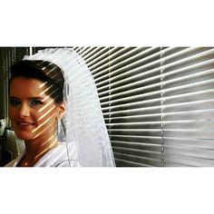 Deixa o sol entrar... ❤ #ohhappydayfotografiadefamília #casamento #noivos #ensaio #amor #love #wedding #weddingphotography #fotografiadecasamento #casandoembh #casandocomamor #voucasarembh #noivasdebh #bride #bridal #destinationwedding #weddingparty