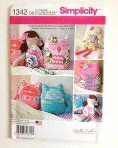 Simplicity 1342 doll and animal pattern by BloomingRoseCrochet