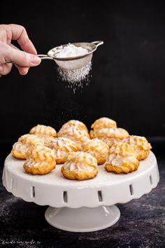 Choux a la creme cu mascarpone și șerbet de trandafiri Biscotti, Creme, Soups, Kitchens, Food And Drink, Sweets, Cakes, Breakfast, Sweet Treats