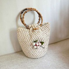 Vintage Raffia Handbag Straw Purse Bamboo Handles by NutmegCottage