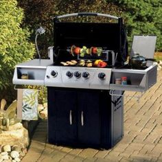 Perfect Backyard BBQ Party Planning a Backyard Barbeque Party Backyard Barbeque Party, Bbq Party, Barbecue, Gas Bbq, Summer Birthday, Party Planning, Summertime, Grilling, Outdoor Decor