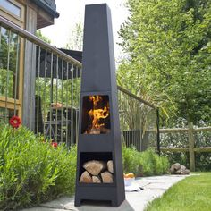 La Hacienda Malmo chiminea patio heater with log store. See Manoa or Skyline.Using the Malmo is simple – create a fire … Diy Fire Pit, Fire Pit Backyard, Fire Pits, Log Store, Chiminea, Fire Pit Designs, Into The Fire, Patio Heater, Outdoor Heaters Patio